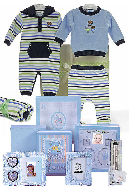 Kaboosh Winter Gift Clothes and Album Set